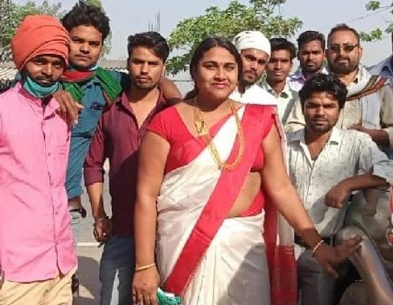 भोजपुरी फिल्म निर्माता और किन्नर आमने-सामने चुनावी मैदान में