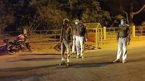 लखनऊ और कानपुर में आठ अप्रैल से नाइट कर्फ्यूय, स्कूल-कॉलेज बंद