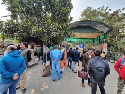 दिल्ली विश्वविद्यालय से मांगा गया पीएचडी के लिए 6 महीने का अतिरिक्त समय