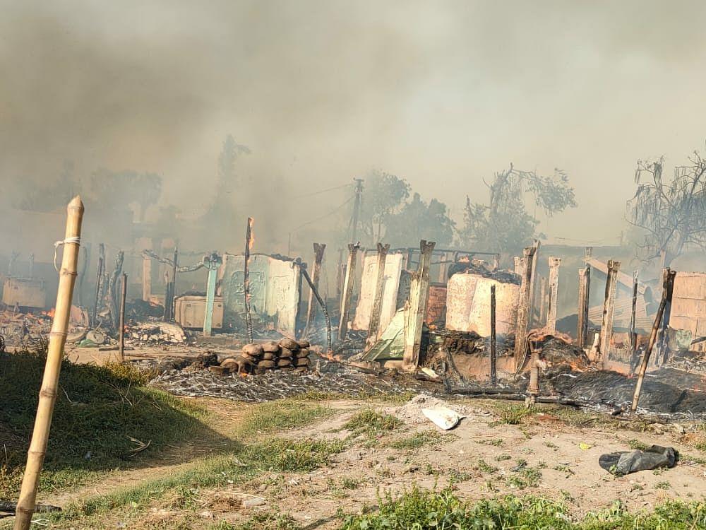 hundreds-of-houses-burnt-in-khureshan-village-of-saharsa-damage-to-lakhs