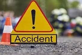 सड़क हादसो में राजमिस्त्री सहित दो लोगों की मौत