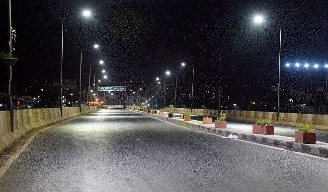 कोरोना-के-बढ़ते-मामलों-के-बीच-दिल्ली-सरकार-का-फैसला-रात-10-से-सुबह-5-तक-लागू-रहेगा-नाइट-कर्फ्यू