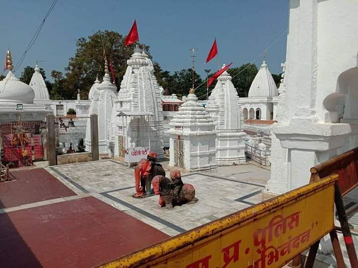 अमरकंटक में कोरोना असर: पर्यटकों की जगह धार्मिक स्थलों पर पसरा है सन्नाटा