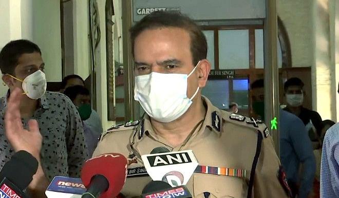 मुंबई के पूर्व पुलिस आयुक्त परमबीर सिंह एनआईए के समक्ष हुए पेश, दर्ज कराएंगे अपना बयान