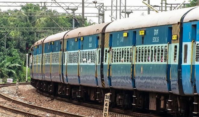 गोरखपुर की बड़ी खबरें: गोरखपुर के यात्रियों को मिलेगा जनरल टिकट, पंचायती चुनाव चरम पर