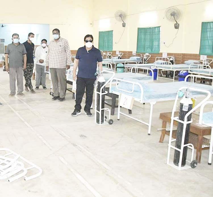 रायपुर : 50 बिस्तराें की सर्वसुविधायुक्त कोविड-19 केंद्र शुरू