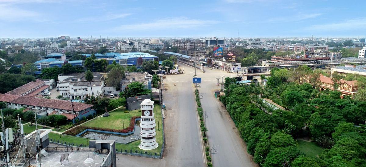रायपुर : छत्तीसगढ़ के 28 जिलों में से 20 जिलों में पूर्ण लॉकडाउन