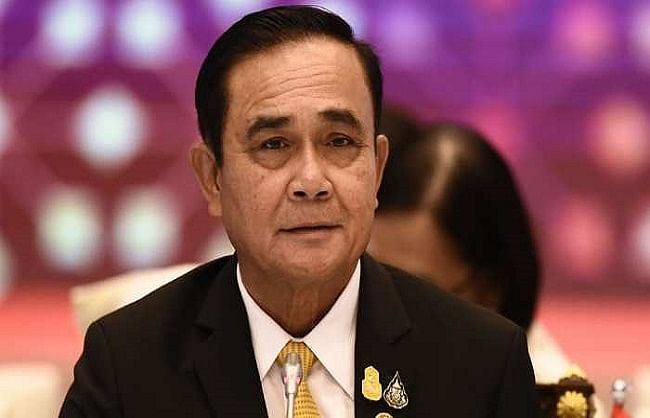 थाइलैंड के प्रधानमंत्री के मास्क नहीं लगाने पर लगा जुर्माना