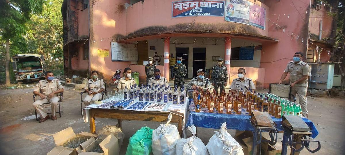 लाखों का नकली शराब बरामद, दो पर एफआईआर दर्ज