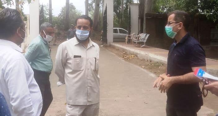 उच्च शिक्षा विभाग के वित्त निदेशक ने जीडीसी हीरानगर में चल रहे कार्यों का निरीक्षण किया