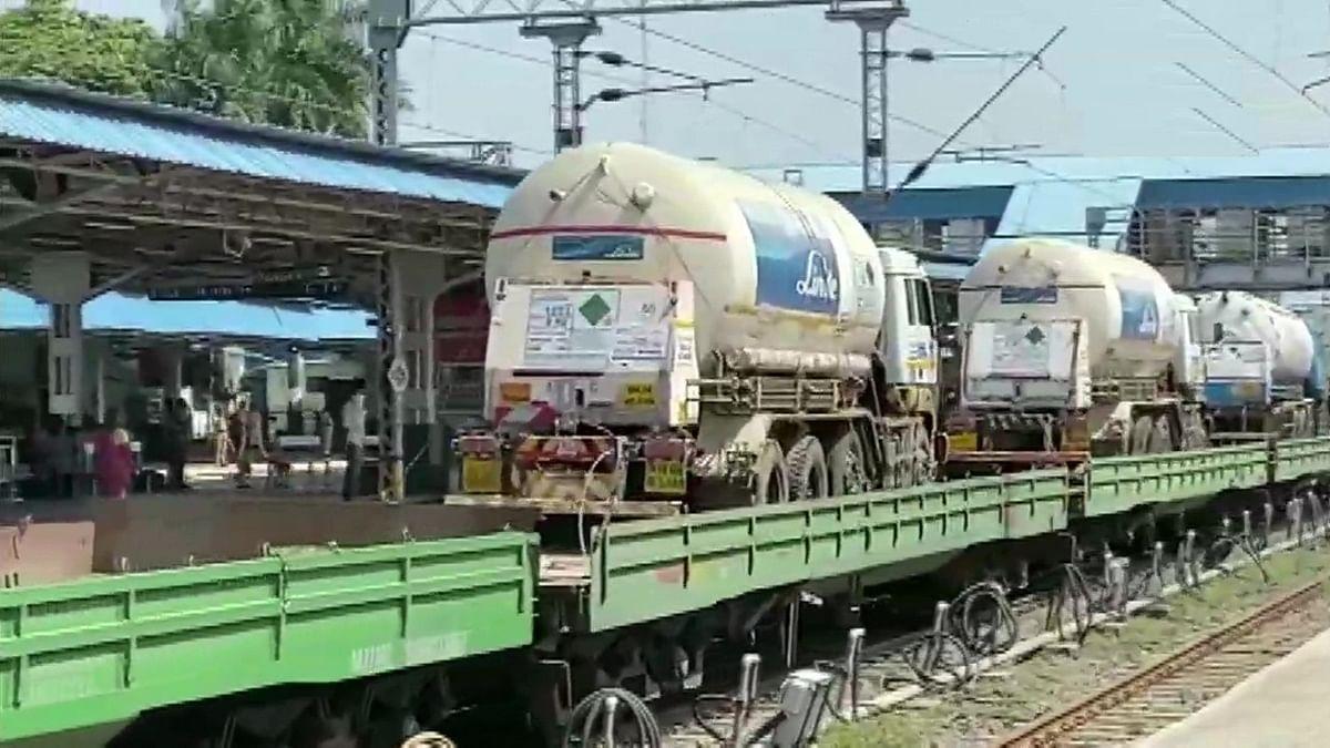 मध्य प्रदेश आ रही बोकारो से ऑक्सीजन रेल, दस हजार रेमडेसिविर इंजेक्शन भी प्राप्त