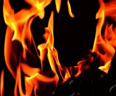 मतदान के दौरान घर में आग, 3 की मौत, 3 घायल