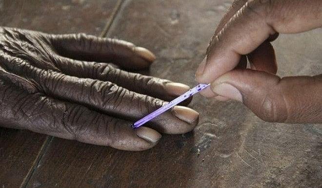मध्य प्रदेश उपचुनाव : दमोह विधानसभा सीट पर 11 बजे तक 20 प्रतिशत मतदान