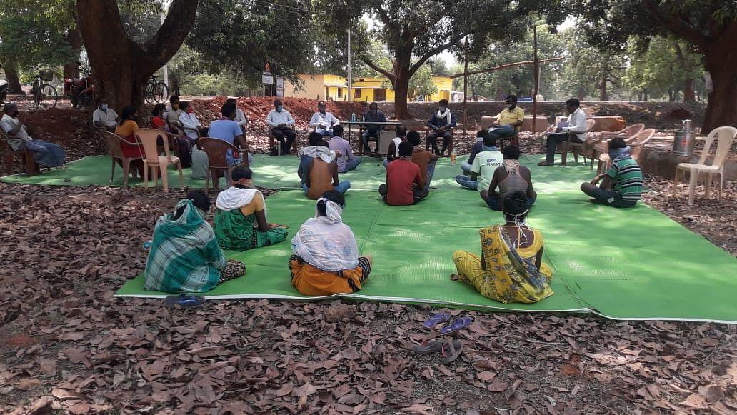 कोण्डागांव : जिला पंचायत अध्यक्ष ने टीकाकरण जागरुकता के लिए 18 ग्रामों का किया दौरा