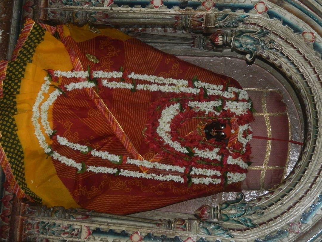 चैत्र नवरात्र : सिद्धिदात्री और महालक्ष्मी के दरबार में श्रद्धालुओं ने हाजिरी लगाई, कन्या पूजन