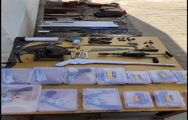 muzaffarnagar-arms-recovered-in-sugarcane-field-one-arrested