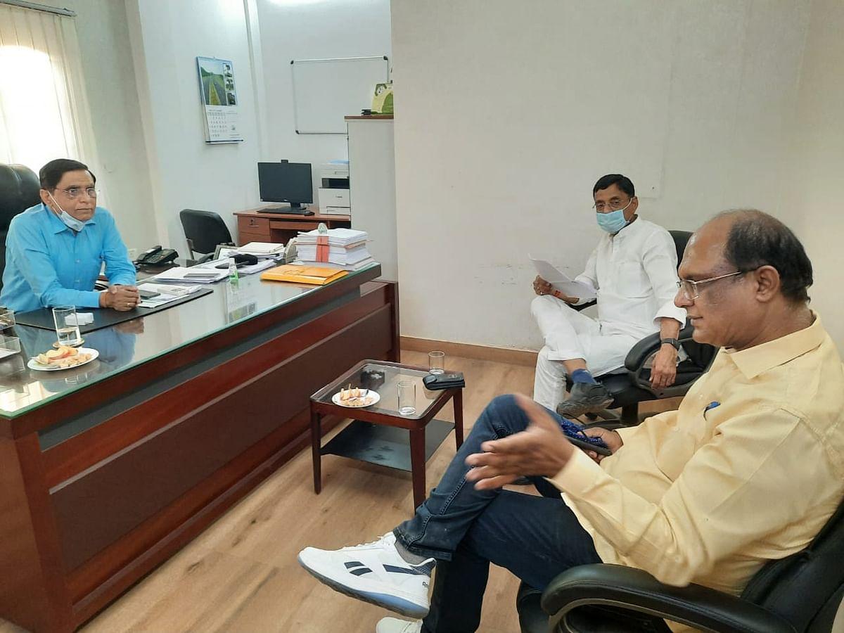 सांसद ने  एनएचएआई के क्षेत्रीय अधिकारियों से की मुलाकात