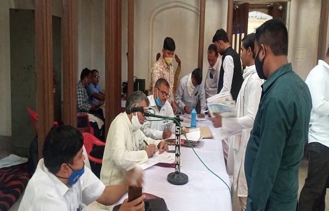 सम्पूर्णानंद संस्कृत विश्वविद्यालय छात्रसंघ चुनाव में कड़ी सुरक्षा के बीच नामांकन