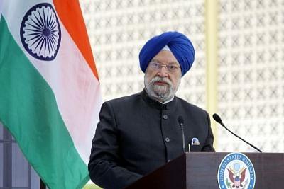 जर्मनी से ऑक्सीजन कंसंट्रेटर की पहली खेप भारत पहुंची : मंत्री