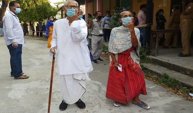 तमिलनाडु-केरल-और-पुडुचेरी-में-मतदान-शुरू-बंगाल-और-असम-में-भी-तीसरे-चरण-के-लिए-डाले-जा-रहे-वोट