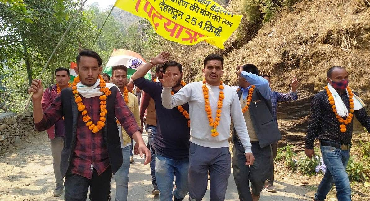 on-the-demand-for-widening-the-road-the-trek-to-the-ghat-begins