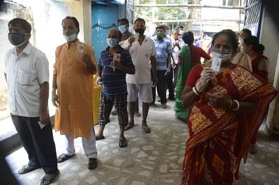 voting-continues-in-bengal-elections