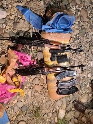 जम्मू-कश्मीर के किश्तवाड़ में हथियार, गोला-बारूद बरामद