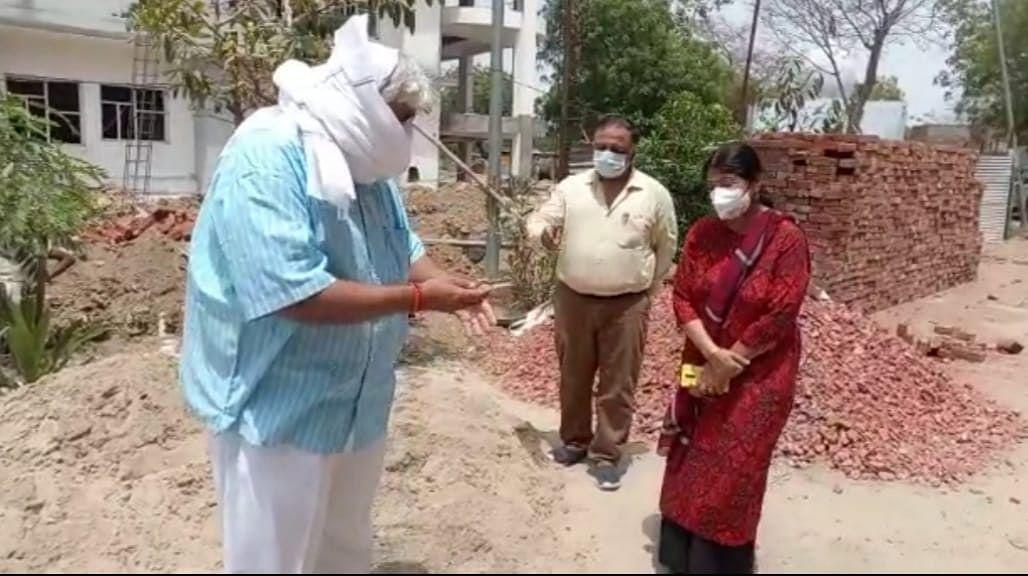 भाजपा विधायक ने किया मेडिकल कॉलेज के निर्माणाधीन आक्सीजन जनरेशन प्लांट का निरीक्षण