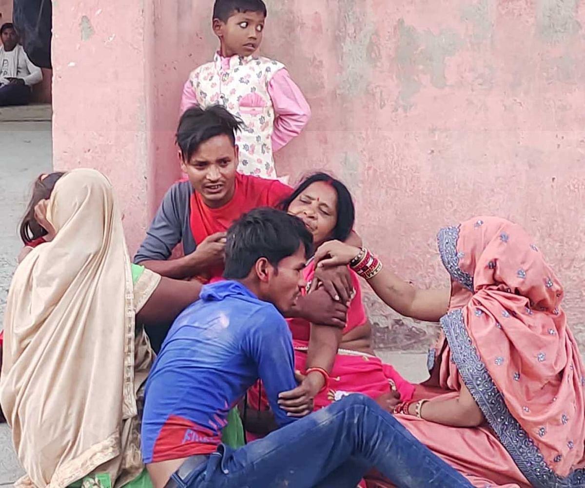 चित्रकूट : बच्ची का मुंडन कराने आये श्रद्धालु की करेंट लगने से मौत