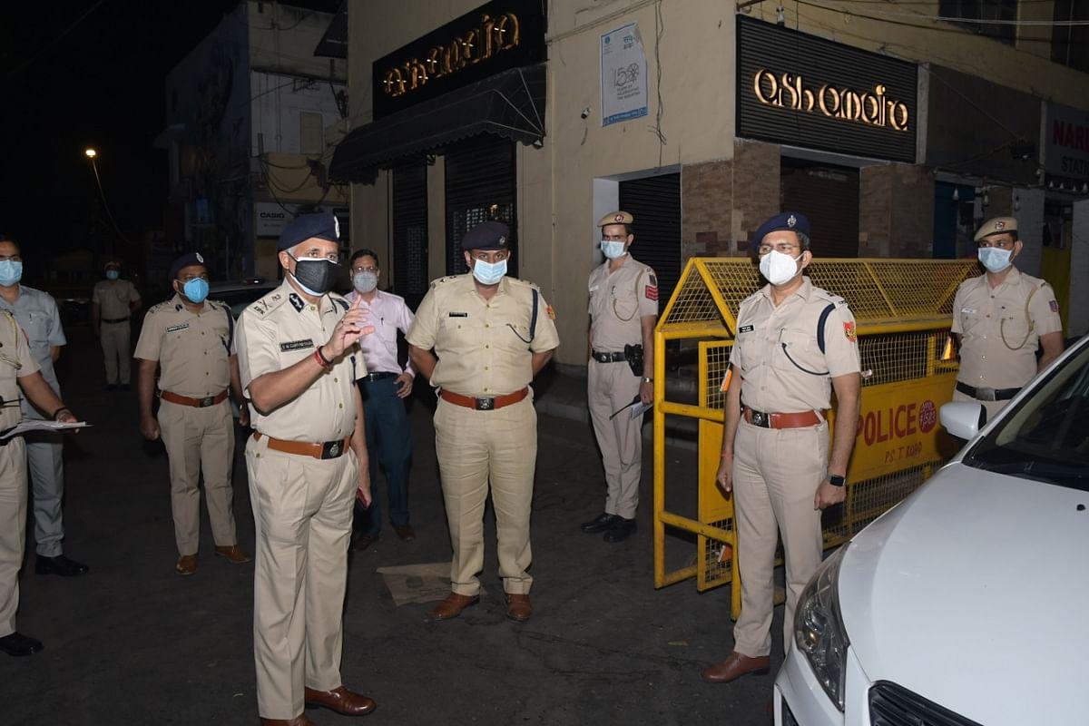 दिल्ली पुलिस आयुक्त ने रात्री कर्फ्यू का लिया जायजा