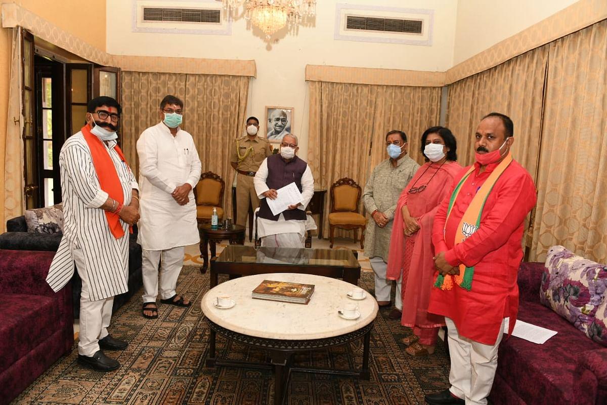 bjp-delegation-submitted-memorandum-to-his-excellency-governor-kalraj-mishra