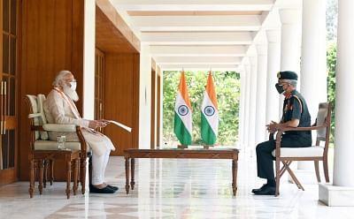 सेना प्रमुख ने प्रधानमंत्री से कहा, फौज जहां भी संभव है, वहां अस्पताल खोल रही