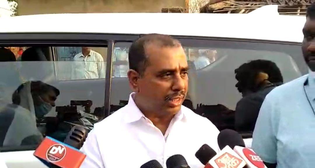 दलित परिवार के साथ हुई घटना की जांच करने जामताड़ा पहुंचे राष्ट्रीय अनुसूचित जाति आयोग के उपाध्यक्ष