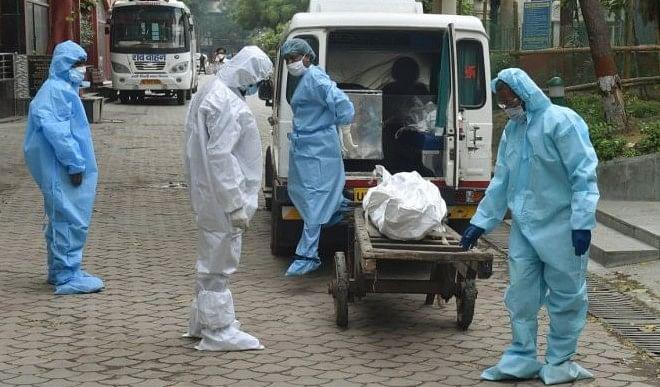 गोरखपुर की बड़ी खबरें: शहर में मचा कोरोना से कोहराम, अस्पतालों में ऑक्सीजन की कमी से तड़प रहे मरीज