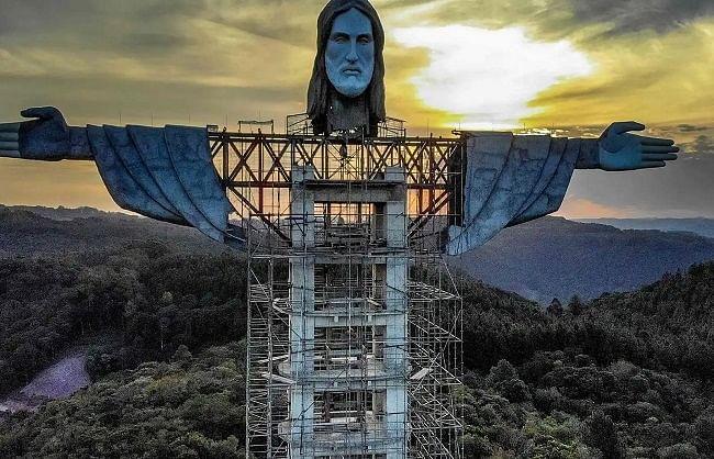 ब्राजील में तैयार हो रही दुनिया की सबसे विशालकाय ईसा मसीह की मूर्ति