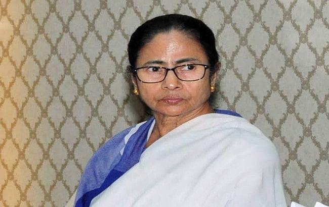 ममता बनर्जी ने प्रधानमंत्री मोदी को पत्र लिखकर कोरोना से निपटने लिए मांगा सहयोग