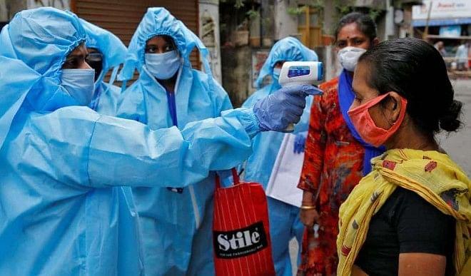 पाकिस्तान में भी बढ़ा कोरोना वायरस का प्रकोप, एक दिन में 135 लोगों की मौत
