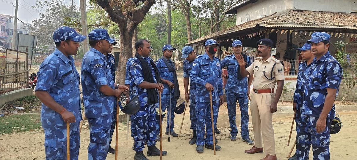 विरोधियों के बंद आह्वान के बीच पुलिस प्रशासन चहुंओर मुस्तैद