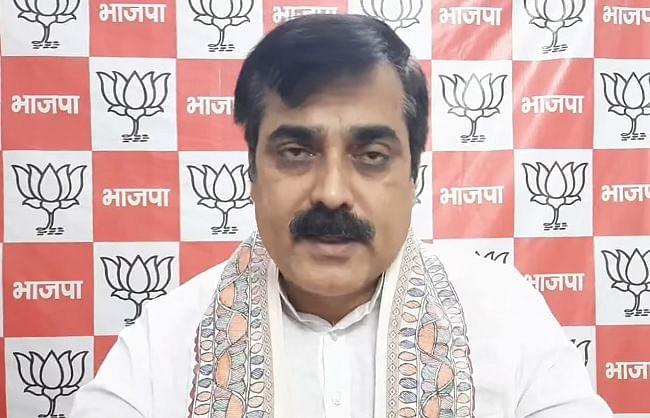 बिहार के 17 लाख मजदूरों को मिलेगा प्रधानमंत्री स्वास्थ्य बीमा योजना का लाभ: जिवेश मिश्र