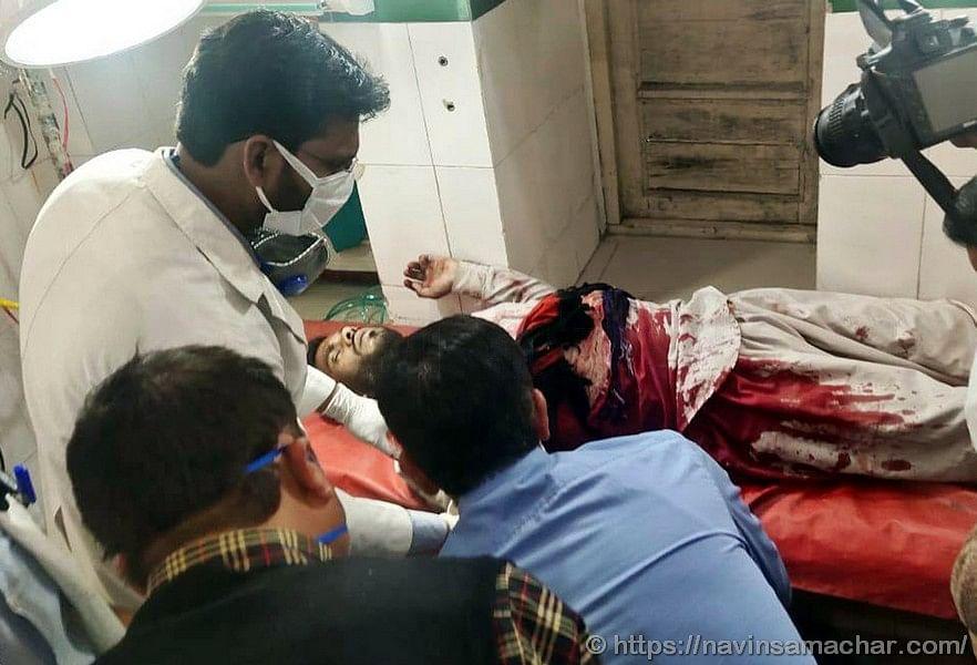 रमजान के दिन नमाज के बाद दो पक्षों में खूनी संघर्ष, दो गंभीर घायल
