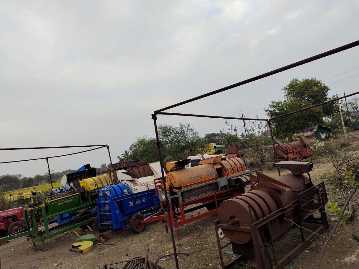 धमतरी- कृषि उपकरणों की नहीं हो पा रही मरम्मत, लाकडाउन के चलते हैं बंद है दुकान, किसान परेशान