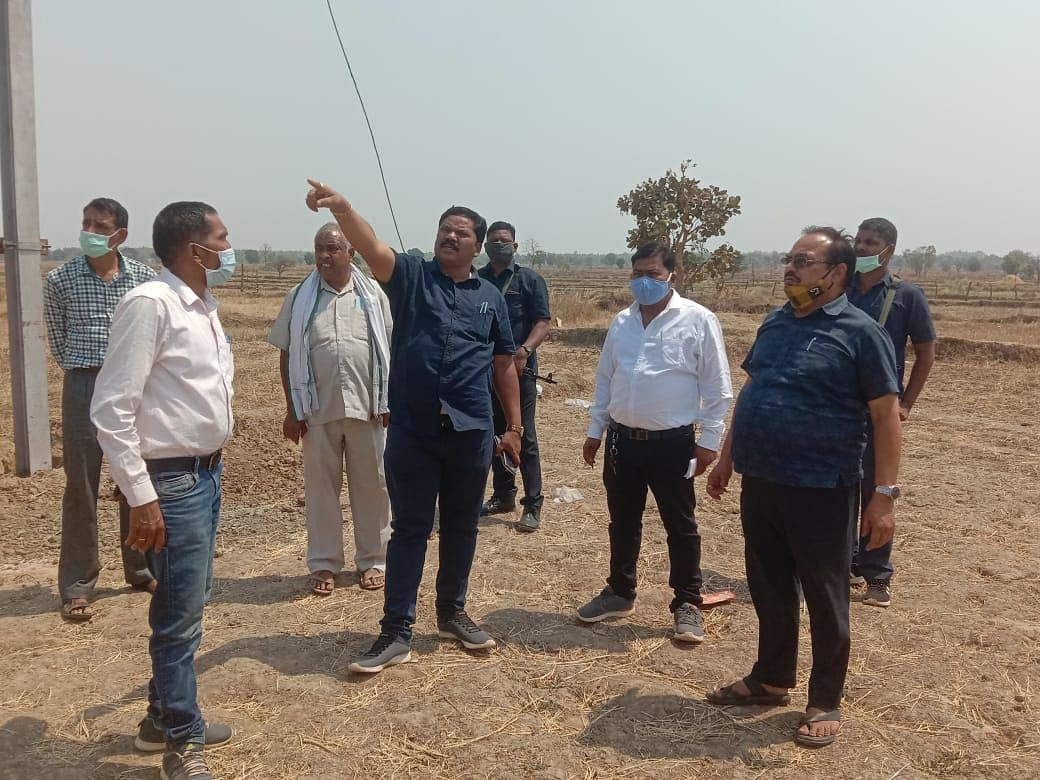 kondagaon---due-to-the-efforts-of-mla-santram-the-power-problem-in-the-area-was-resolved