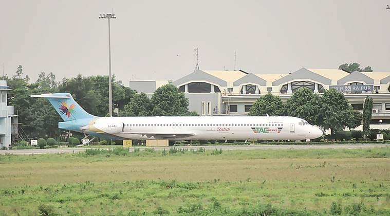 रायपुर : बांग्लादेश के यूनाइटेड एयरवेज के विमान जब्ती की प्रक्रिया शुरू