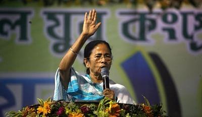 पश्चिम बंगाल में दीदी की वापसी के संकेत : सर्वे