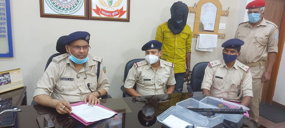 salesman-arrested-for-another-murder-case-carbine-and-country-carriage-recovered