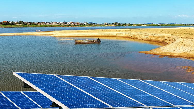 गुजरात से प्रेरित होकर कैलिफोर्निया करेगा नहरों को सौर पैनलों से कवर