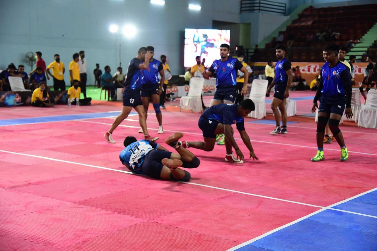 राष्ट्रीय कबड्डीमेंराहुल,सोनू व अर्जुन,प्रदीप नरवाल ने किया बेहतरीन प्रदर्शन