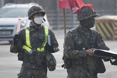 4-us-soldiers-3-south-korean-corona-positive