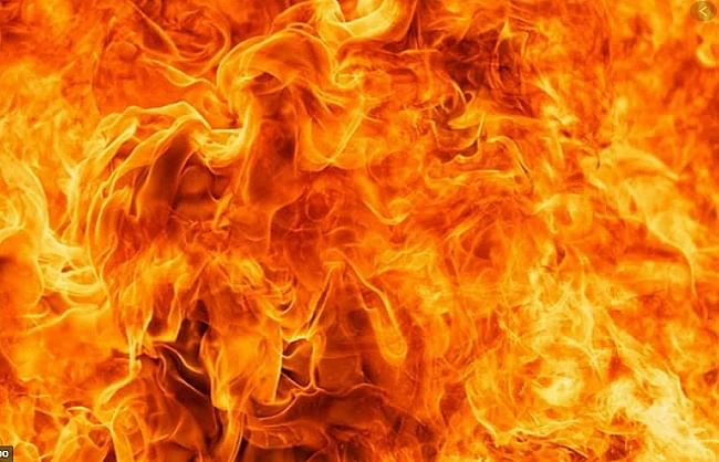 fire-in-samastipur-in-bihar-three-including-child-died