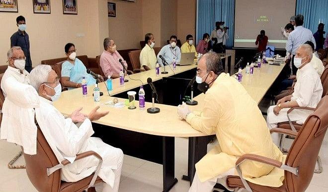 बिहार में बढ़ते कोरोना संक्रमण के मद्देनजर अतिरिक्त प्रतिबंध, शाम चार तक खुलेंगीं दुकानें